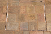 Brick-paving-manhole-cover-Norwich-Norfolk